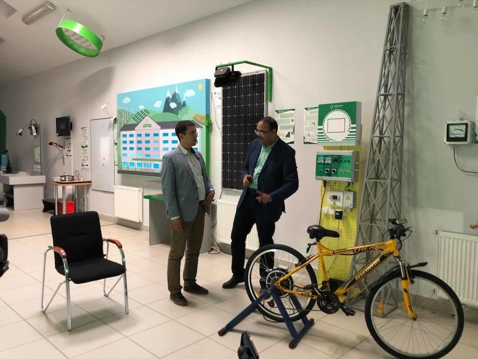 Навчити енергонезалежності: міжнародний телеканал висвітлює роботу франківського університету. ФОТО, фото-1