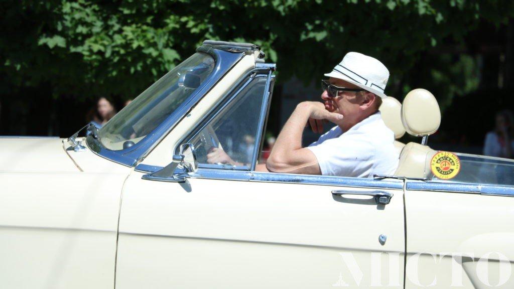 День машин у Франківську: автослалом, ретро і байкери. ФОТО, фото-9