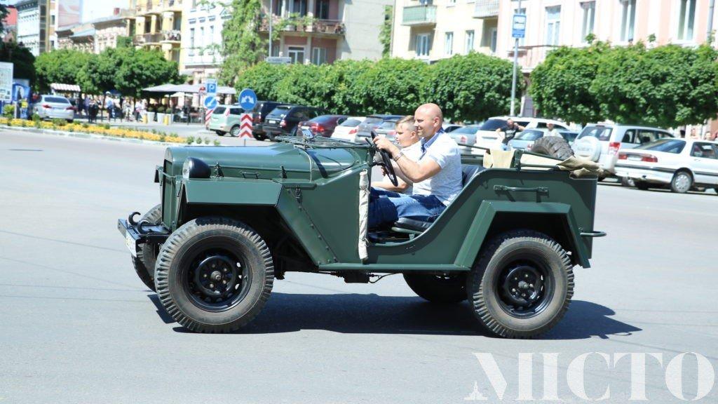 День машин у Франківську: автослалом, ретро і байкери. ФОТО, фото-13