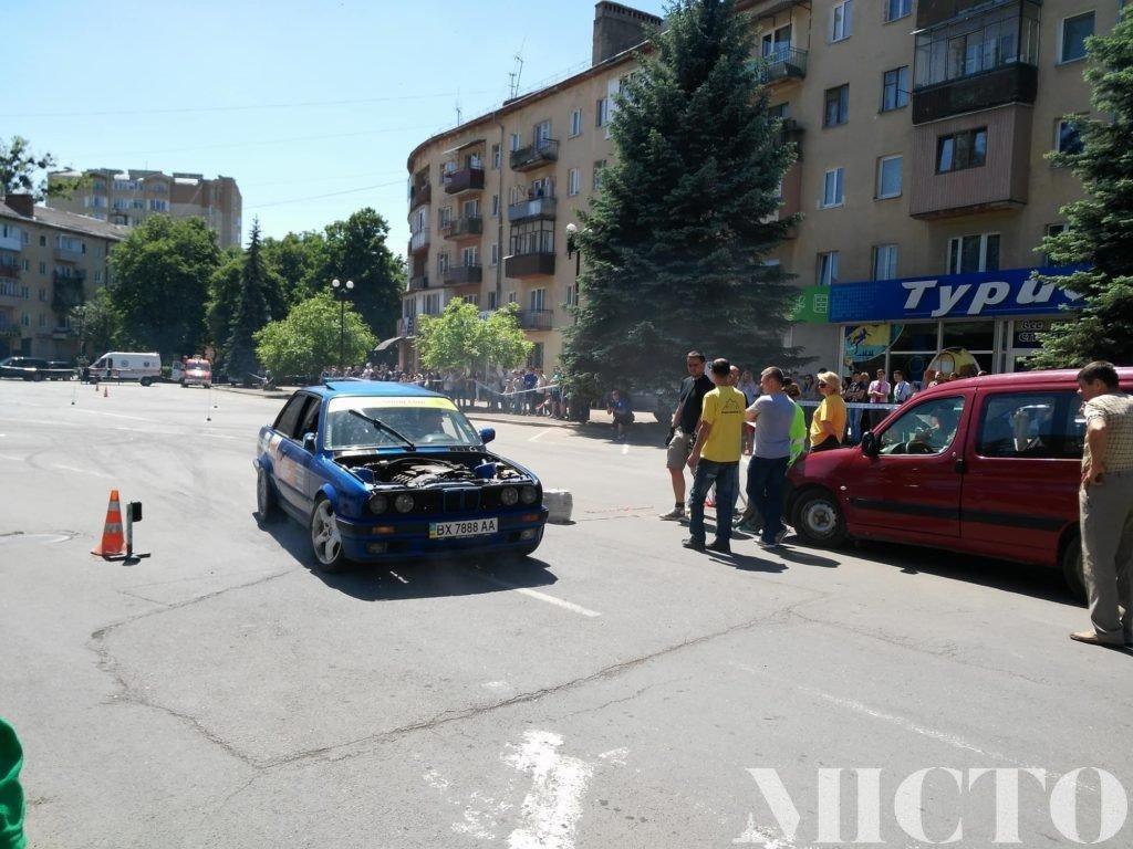 День машин у Франківську: автослалом, ретро і байкери. ФОТО, фото-15