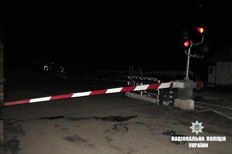 На Прикарпатті потяг розтрощив автівку. Водій загинув. ФОТО, фото-3