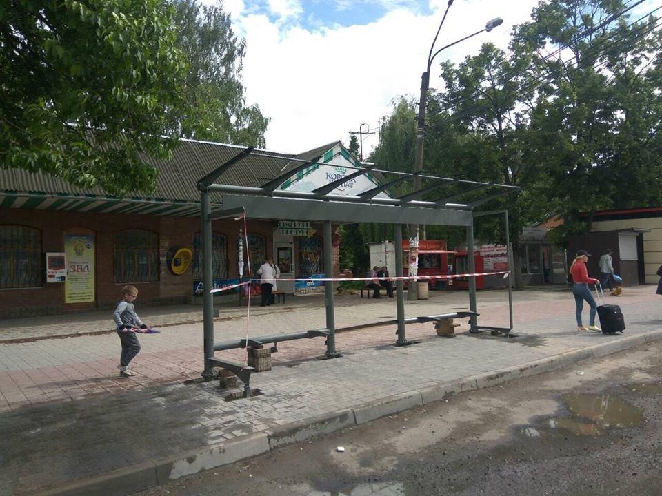Що на узбіччях? У Франківську - нові зупинки і освітлені пішохідні переходи. ФОТО, фото-16