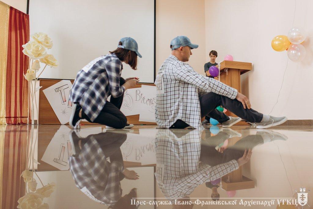 Сміливе танцювальне шоу влаштували у франківській католицькій школі. ФОТО, фото-4