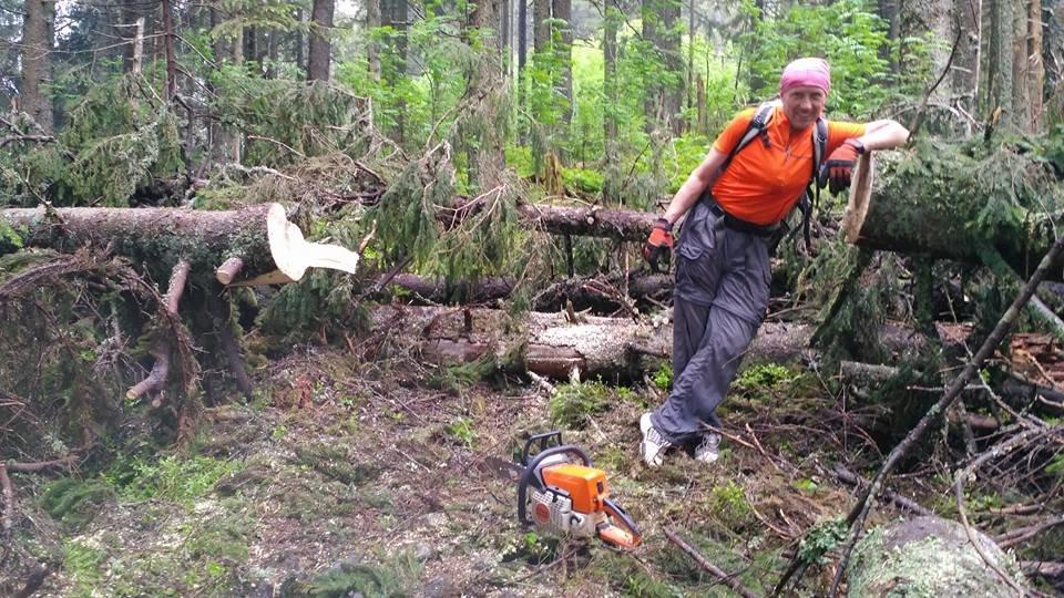 Карпатські стежки розчищають для зручності туристів. ФОТО, фото-2