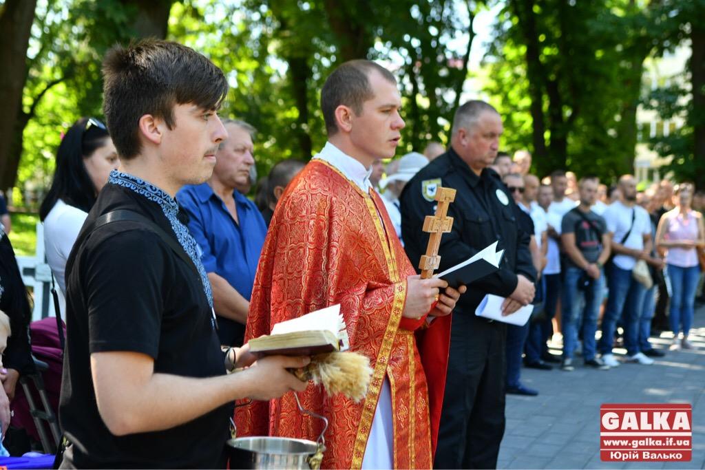 У Франківську вшанували бійців, які першими загинули в неоголошеній війні на сході України. ФОТО, фото-8