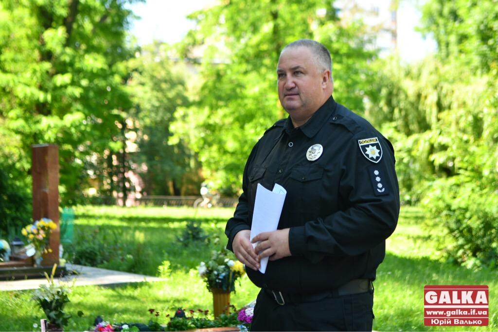 У Франківську вшанували бійців, які першими загинули в неоголошеній війні на сході України. ФОТО, фото-9