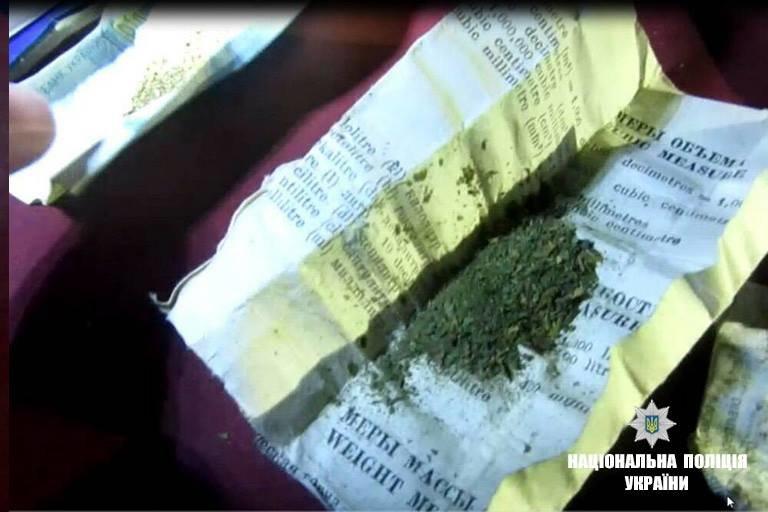 У Коломиї у водія-порушника виявили наркотичні засоби. ФОТО, фото-1
