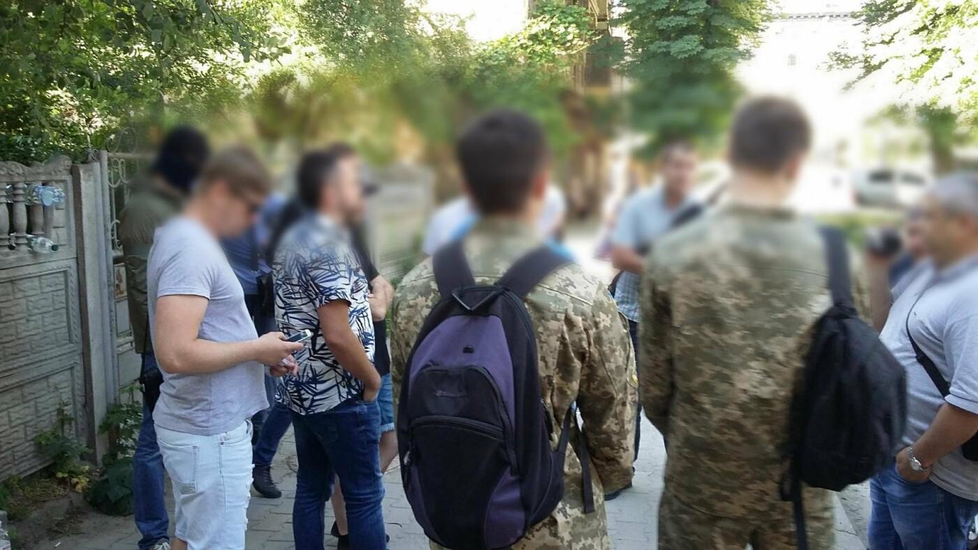 У Франківську та області затримали групу осіб-вимагальників. ФОТО, фото-7