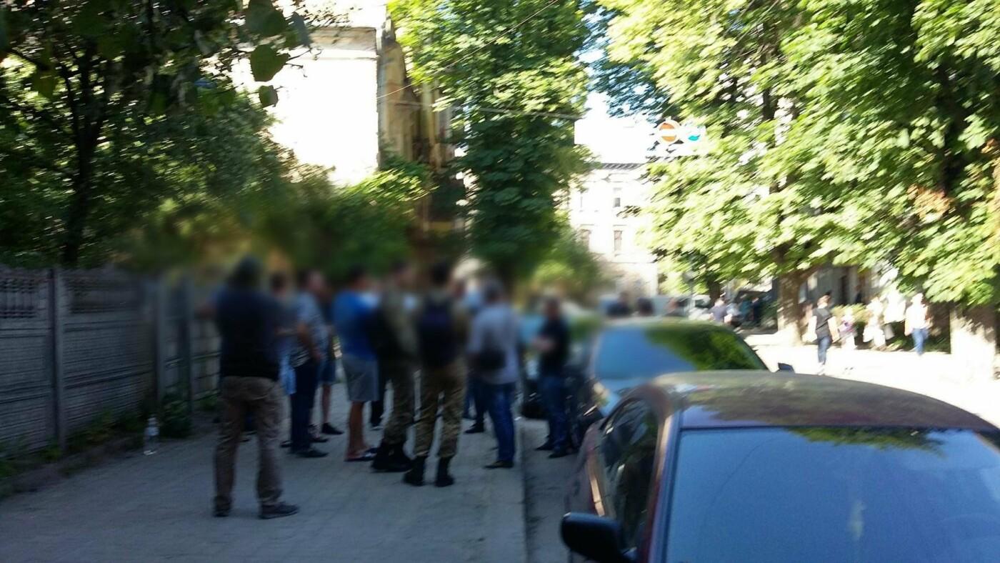 У Франківську та області затримали групу осіб-вимагальників. ФОТО, фото-9
