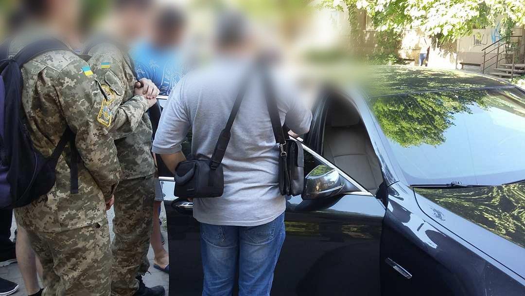 У Франківську та області затримали групу осіб-вимагальників. ФОТО, фото-3