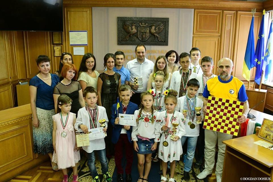 Франківські шахісти посіли на чемпіонаті Угорщини 5 перших місць. ФОТО, фото-1