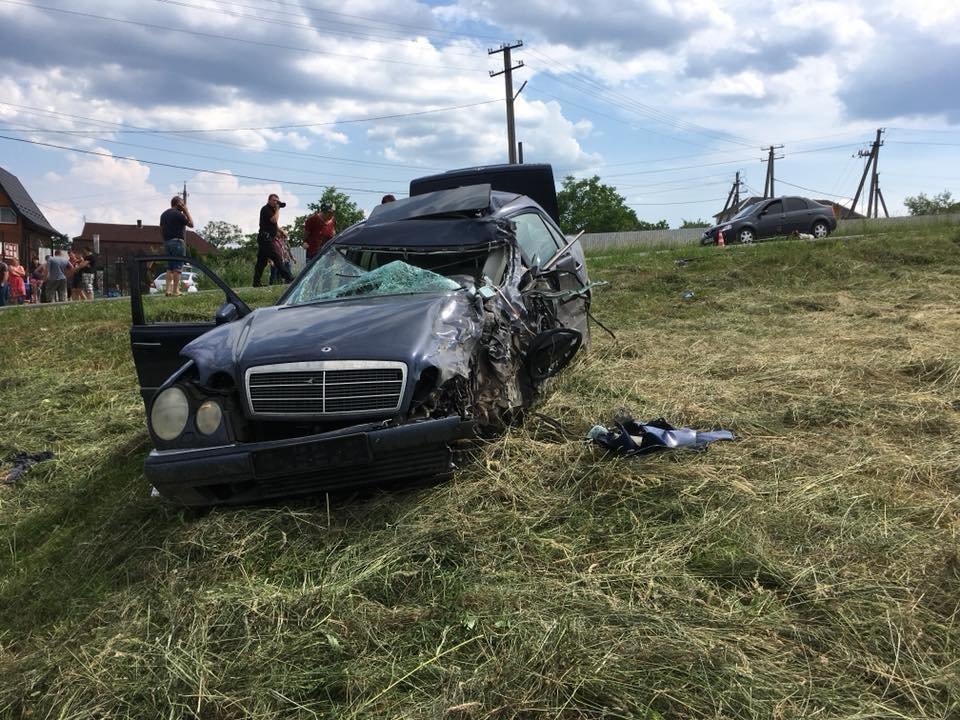 Смертельний обгін: у ДТП на Прикарпатті загинув 35-річний водій. ФОТО, фото-6