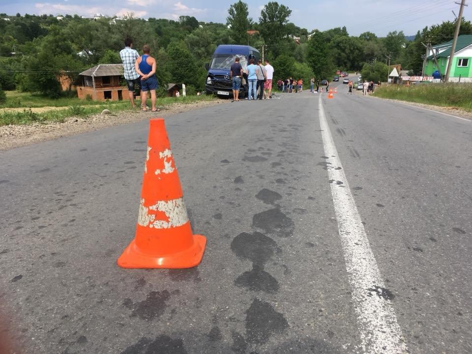 Смертельний обгін: у ДТП на Прикарпатті загинув 35-річний водій. ФОТО, фото-3