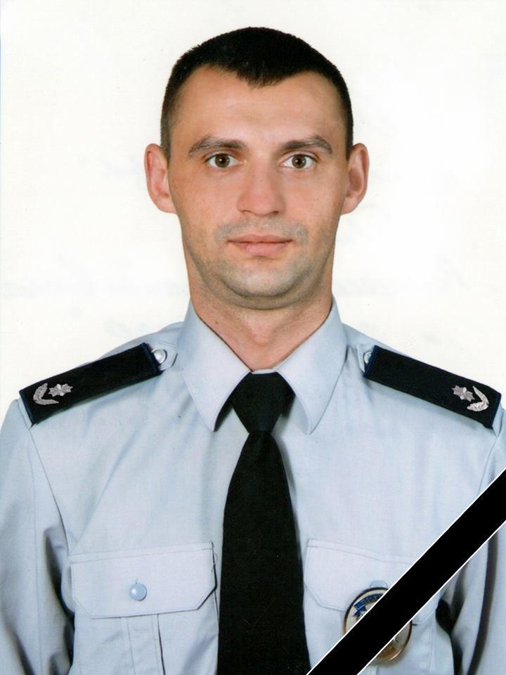 У нічній ДТП загинув прикарпатський правоохороонець. ФОТО, фото-1