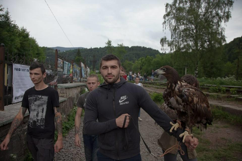 Двох червонокнижних птахів активісти врятували із неволі на Прикарпатті. ФОТО, фото-6