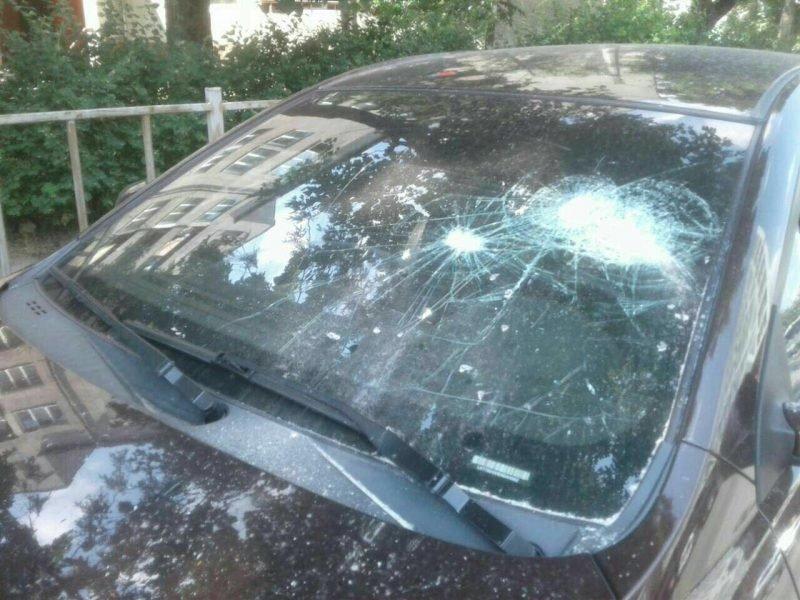 Франківець шукає людину, яка порозбивала вікна його машини на Пасічній. ФОТО, фото-4
