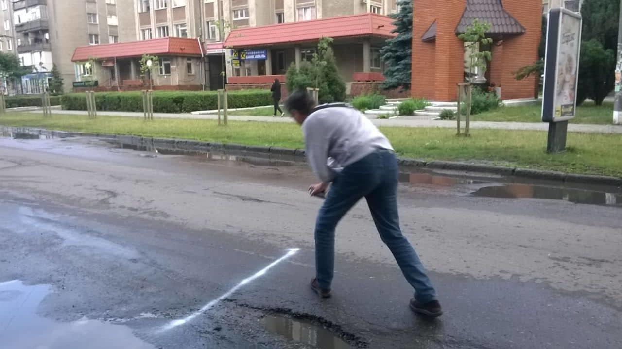 Дорога відповідної якості на Коновальця з'явиться, коли буде вся сума на капремонт - Михайло Смушак, фото-1