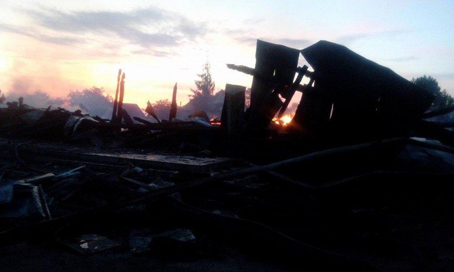 На Прикарпатті повністю вигоріла церква. ФОТО. ВІДЕО. ОНОВЛЕНО, фото-2