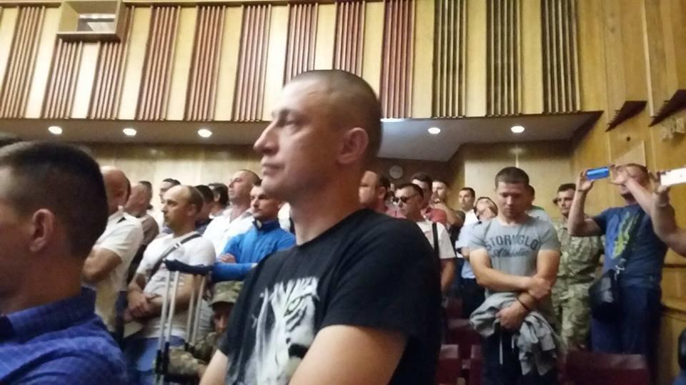 """За ремонт дороги """"Яблунів-Делятин"""" блокувальники прийшли на нараду в ОДА. ФОТО, фото-2"""