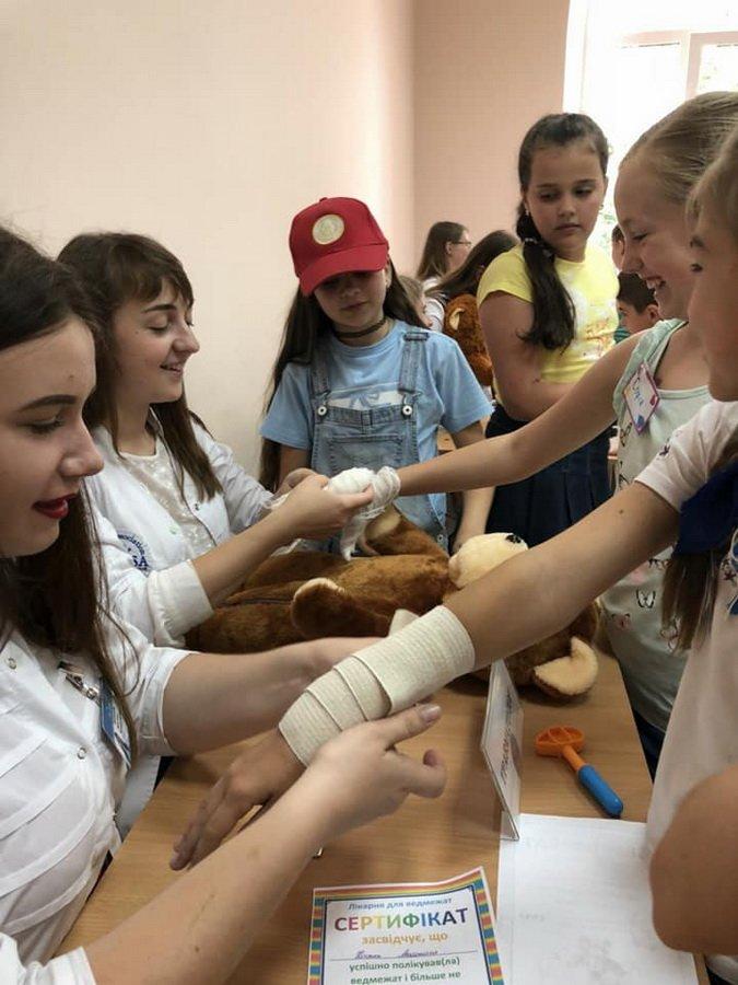 Діти у франківському таборі лікували...ведмежат. ФОТО, фото-5