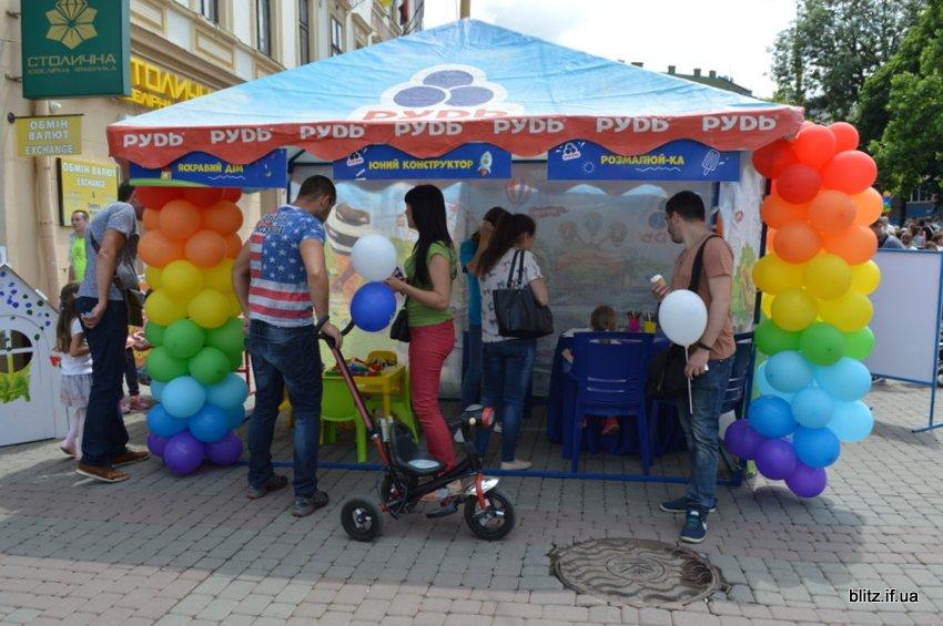 Проект, який об'єднує родини: у Франківську відбулось Свято Морозива. ФОТО, фото-6