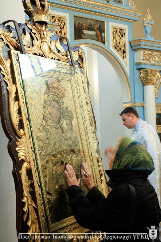 У Крилосі зібралися паломники з усієї Івано-Франківщини. ФОТО, фото-1