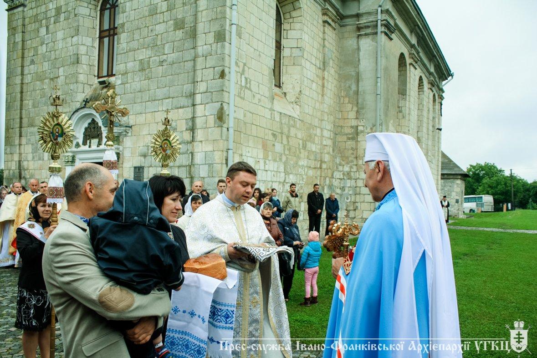 У Крилосі зібралися паломники з усієї Івано-Франківщини. ФОТО, фото-5