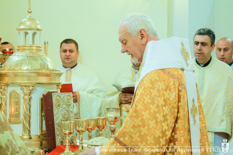 У Крилосі зібралися паломники з усієї Івано-Франківщини. ФОТО, фото-6