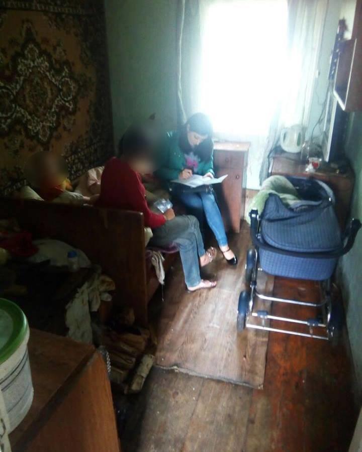 Двоє дітей на Прикарпатті голодували майже добу. ФОТО, фото-2