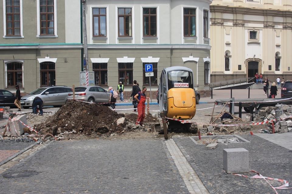 """У середмісті Франківська розкопали залишки """"Тисменицької брами"""". ФОТО, фото-2"""