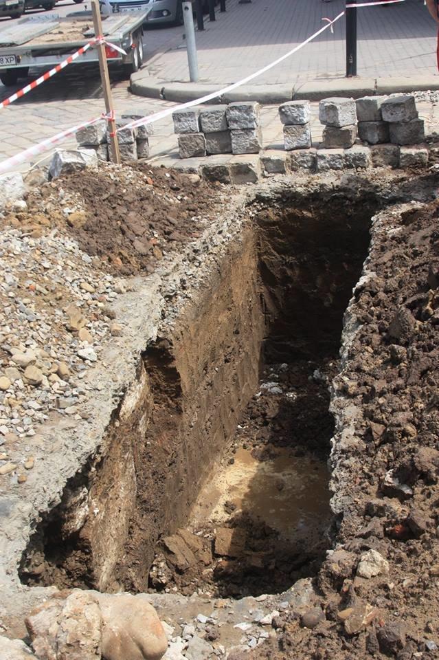 """У середмісті Франківська розкопали залишки """"Тисменицької брами"""". ФОТО, фото-3"""