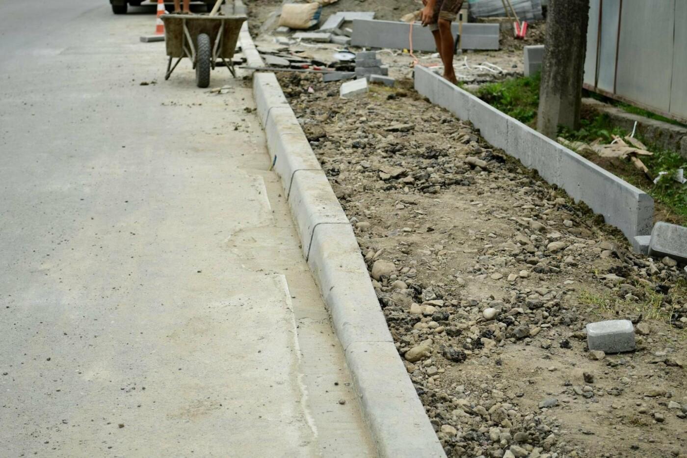 В Крихівцях та Вовчинці облаштовують тротуари. ФОТО, фото-2