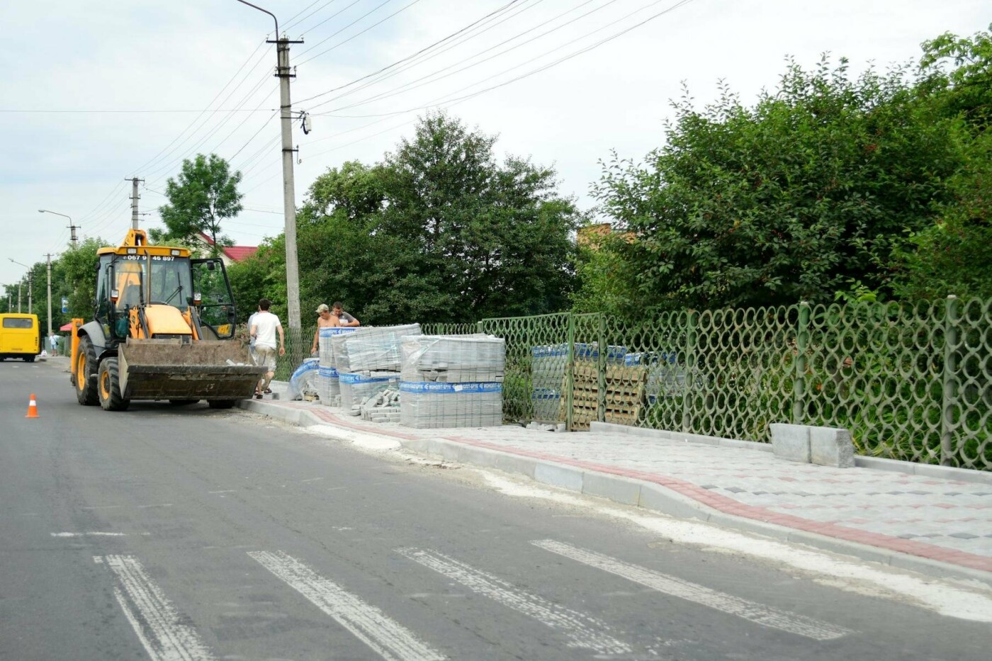 В Крихівцях та Вовчинці облаштовують тротуари. ФОТО, фото-10