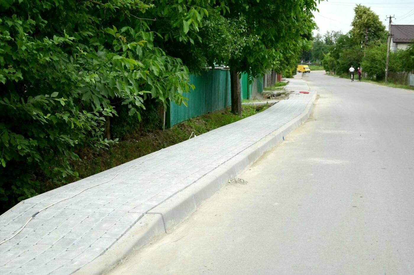 В Крихівцях та Вовчинці облаштовують тротуари. ФОТО, фото-7