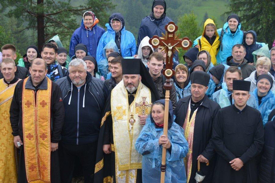 «Гора мучеників» на Прикарпатті офіційно стала місцем паломництва. ФОТО, фото-9