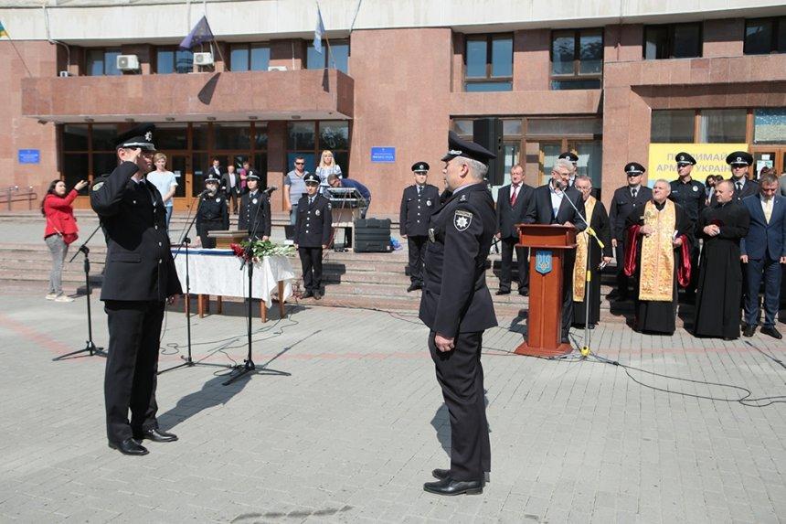 Прикарпатських поліцейських під Білим домом привітали із професійним святом. ФОТО, фото-2