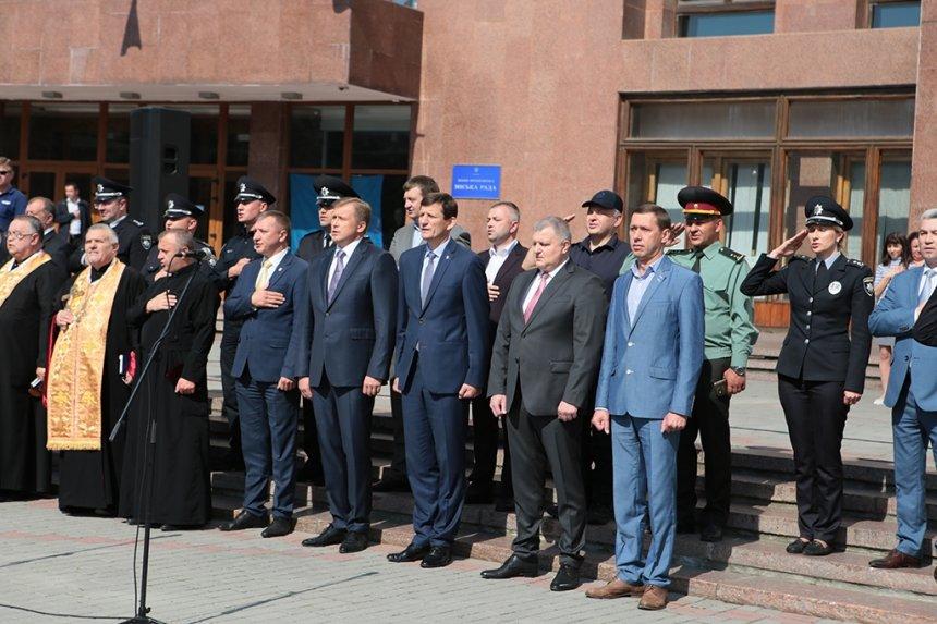 Прикарпатських поліцейських під Білим домом привітали із професійним святом. ФОТО, фото-4