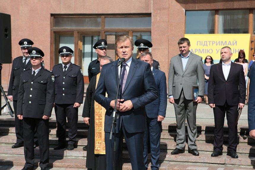 Прикарпатських поліцейських під Білим домом привітали із професійним святом. ФОТО, фото-15
