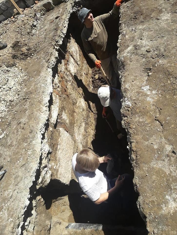 """""""Історична гаряча точка"""". У середмісті Франківська розкопують залишки Тисменицької брами. ФОТО, фото-3"""