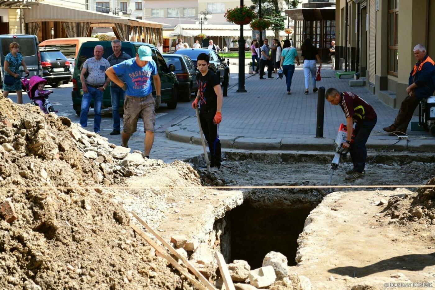 В середмісті Франківську розкопали унікальну браму. ФОТО, фото-3