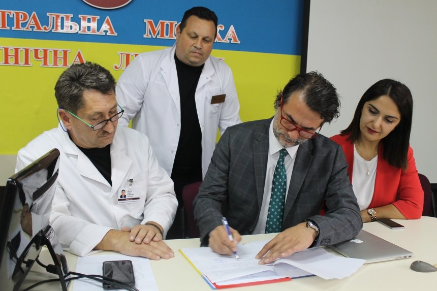 Франківські лікарі стажуватимуться в одній з провідних клінік Туреччини. ФОТО, фото-2