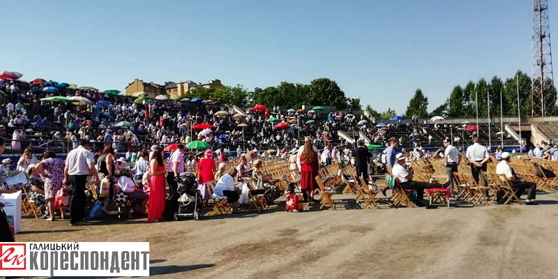 Тисячі Свідків Єгови зібралися на конгрес у Франківську. ФОТО, фото-3