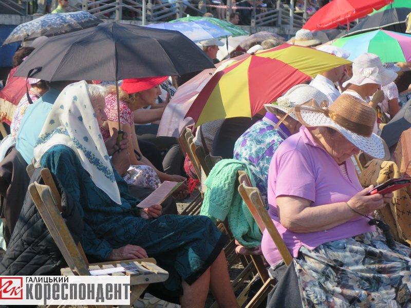 Тисячі Свідків Єгови зібралися на конгрес у Франківську. ФОТО, фото-11