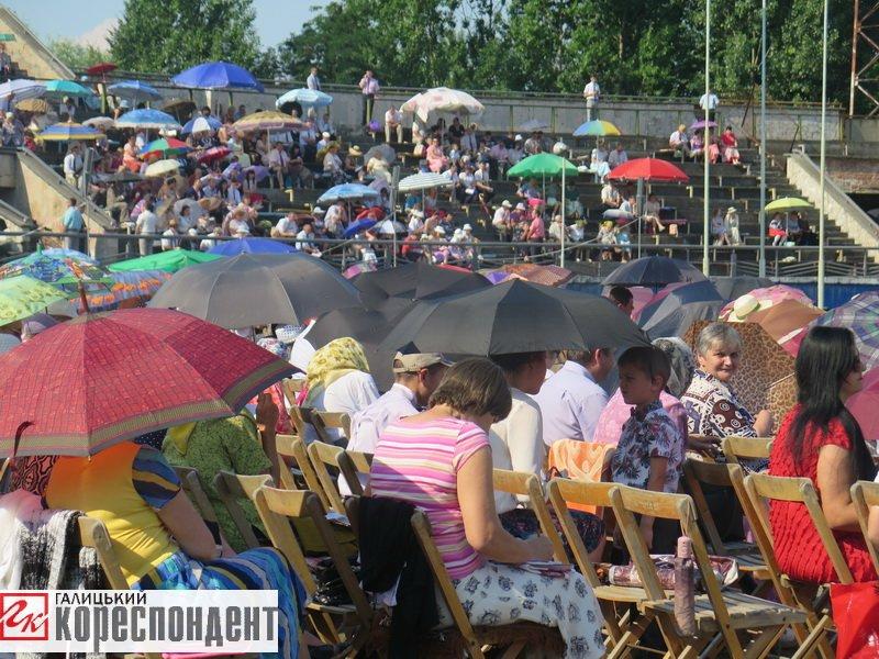 Тисячі Свідків Єгови зібралися на конгрес у Франківську. ФОТО, фото-17