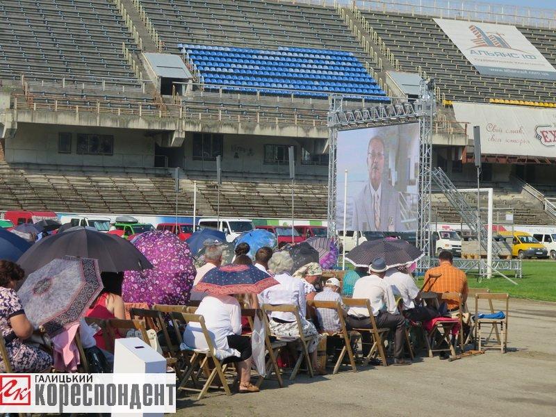 Тисячі Свідків Єгови зібралися на конгрес у Франківську. ФОТО, фото-20