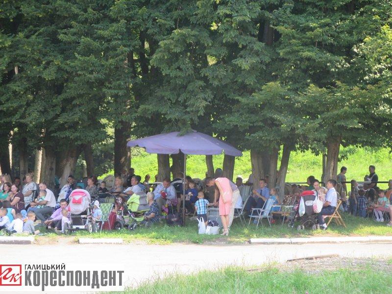 Тисячі Свідків Єгови зібралися на конгрес у Франківську. ФОТО, фото-14