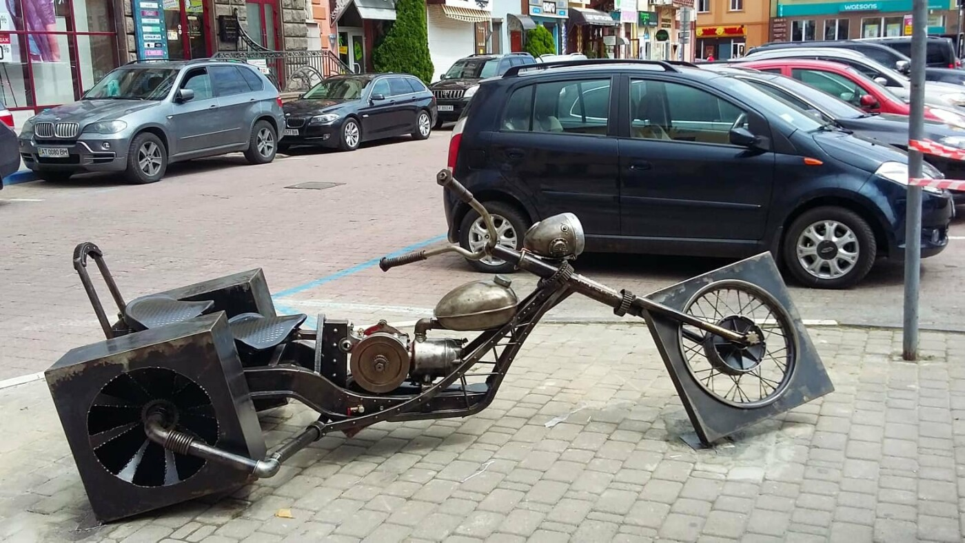 Зробіть МотоФото! Локація - на площі Ринок у Франківську. ФОТО, фото-2