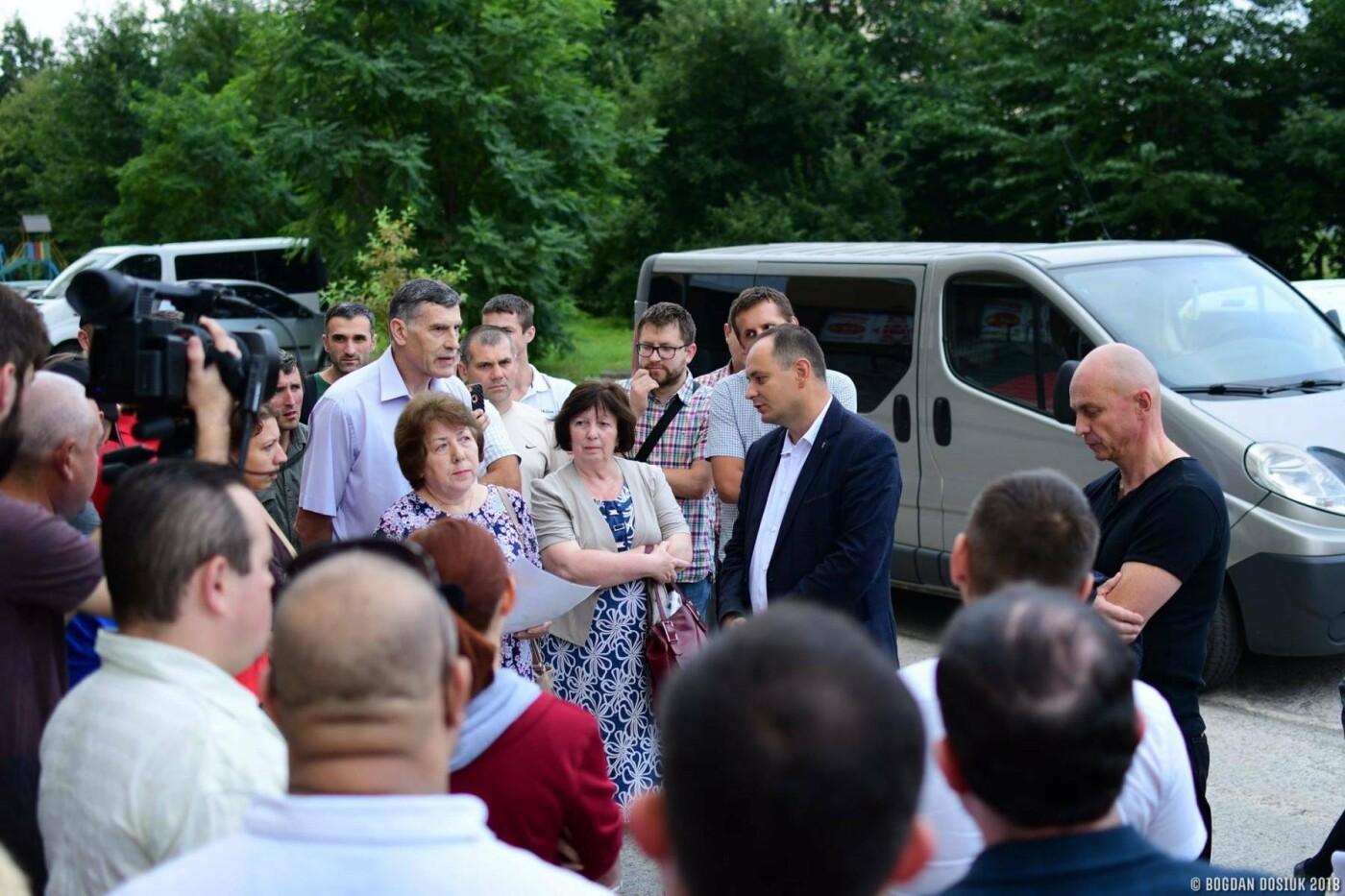 Міський голова зустрівся з протестувальниками з Пасічної. ФОТО , фото-4
