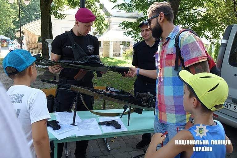 Франківські дітлахи цікавляться професією поліцейського. ФОТО, фото-2