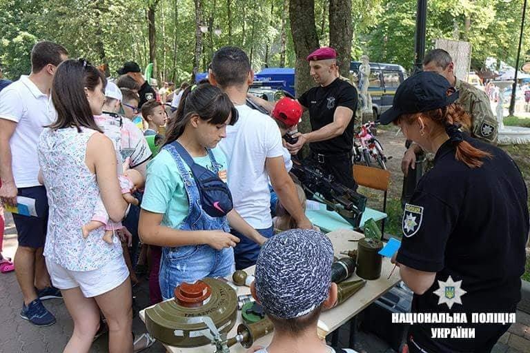 Франківські дітлахи цікавляться професією поліцейського. ФОТО, фото-4